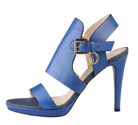 Royalty Signature Italian Leather closing with adjustable side buckleSandal